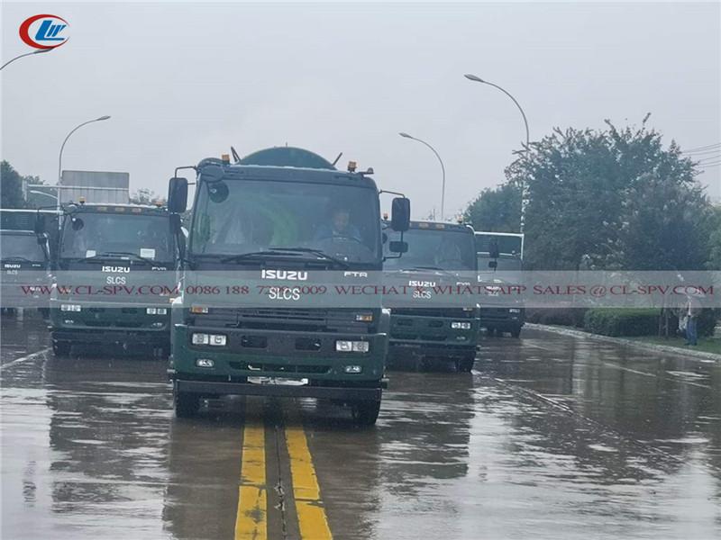 سلسلة شاحنات ايسوزو FTR تسلم إلى ميناء شنغهاي