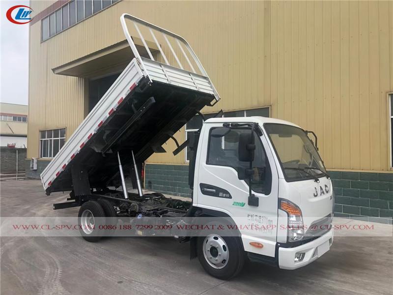 شاحنة تفريغ البضائع العامة JAC