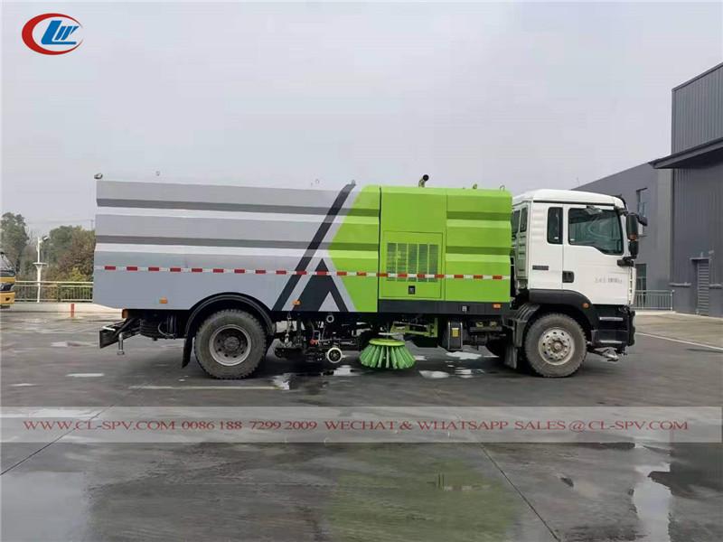 top class road sweeper truck