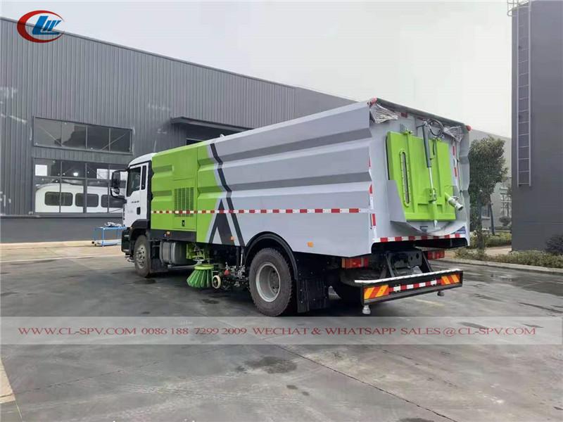 Sinotruk road sweeper vehicle
