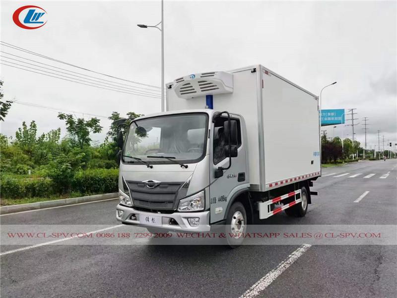 福田 4 米冷冻厢式货车