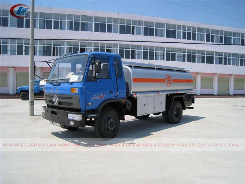 東風 10 トン燃料タンクローリー