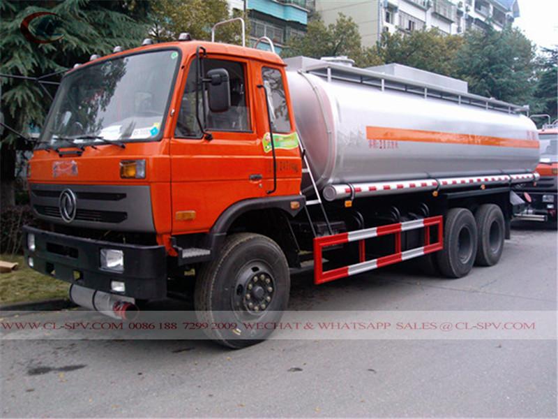 東風 3 axles fuel tank truck