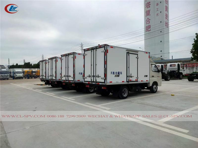 Foton xiangling M1 refrigerated truck to Uzbekistan